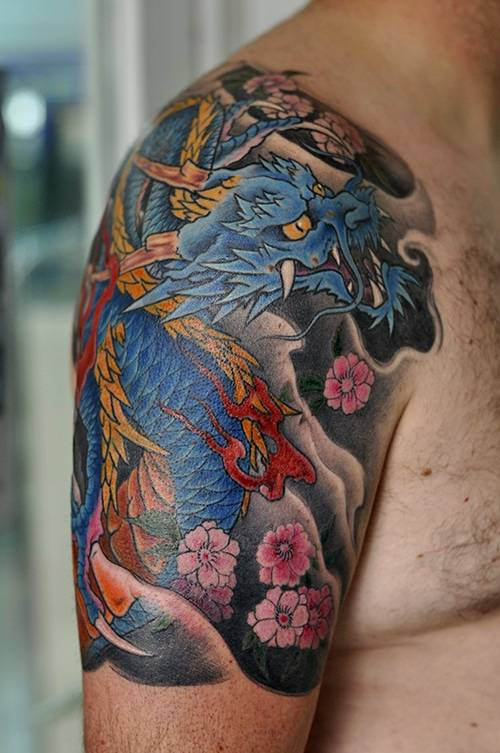 Japanese tattoo. Dragon tattoo
